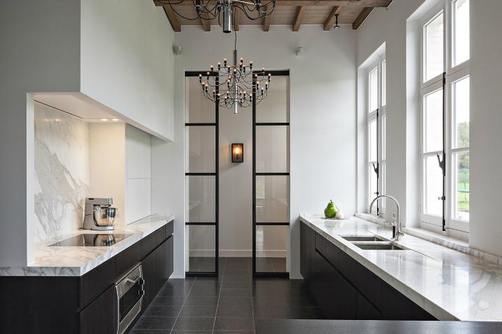 Inspired Black And White Kitchen Designs Eq