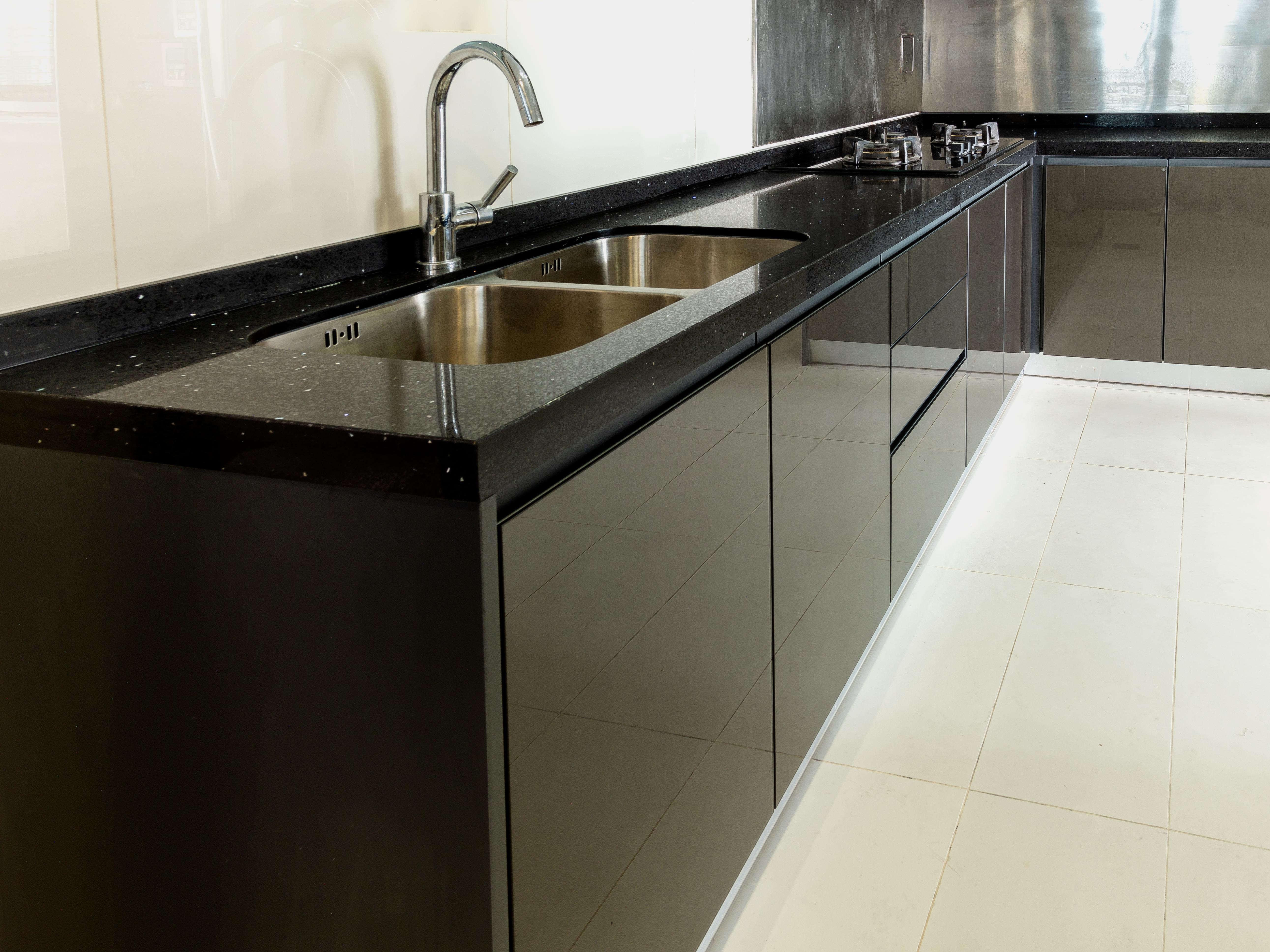 Aluminum Kitchen Cabinet 4g Glass Eq